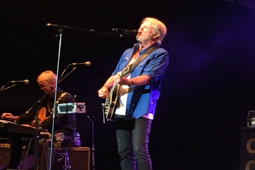 Tom Cochrane sells out 2nd night of Rock the River