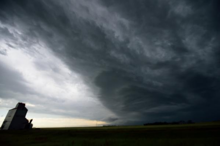 Severe thunderstorm watches for Saskatoon, Regina