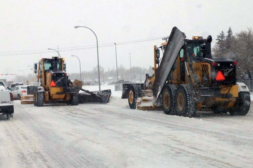 Regina snow plows hit the streets