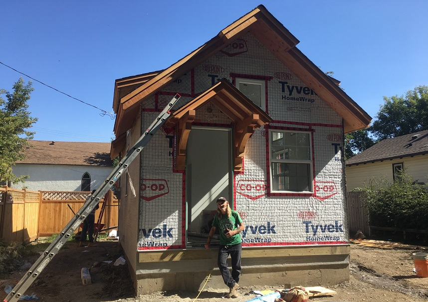 Tiny homes offer affordable option after interest rate hikes