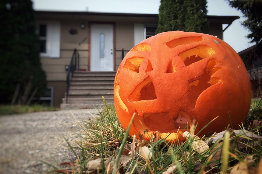 Frightful figures: StatsCan's Halloween by the numbers
