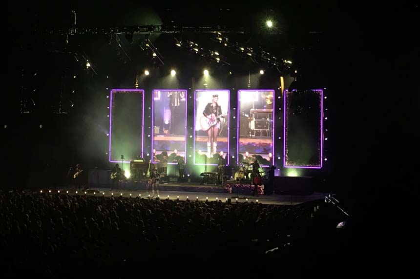 'Music is medicine:' Miranda Lambert performs in Saskatoon
