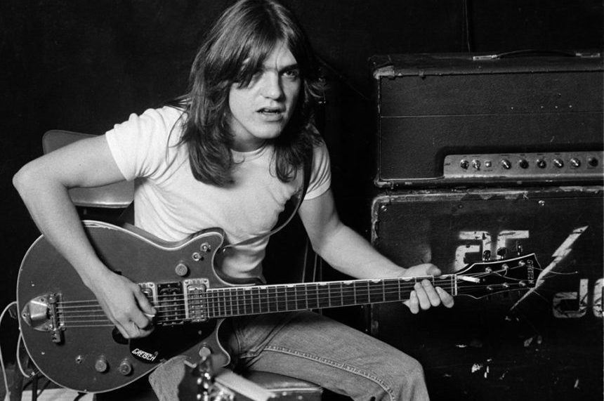 'The heart:' Sask. fans remember AC/DC guitarist Malcolm Young