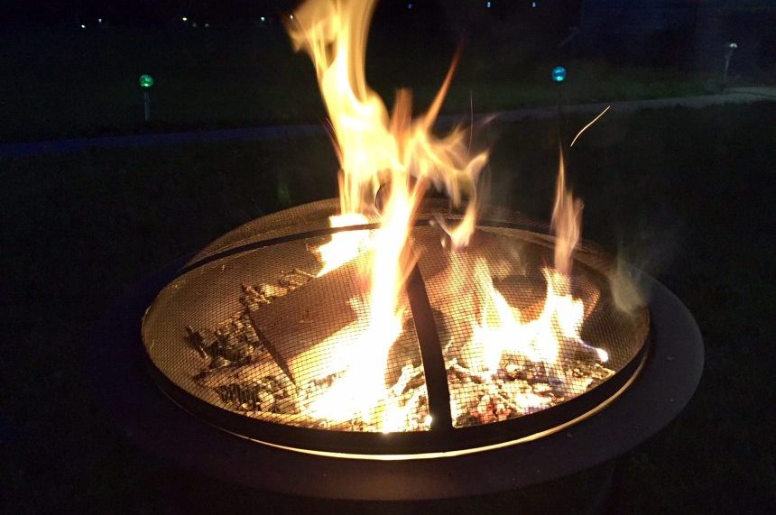 Saskatoon fire pit debate put on the back burner by council