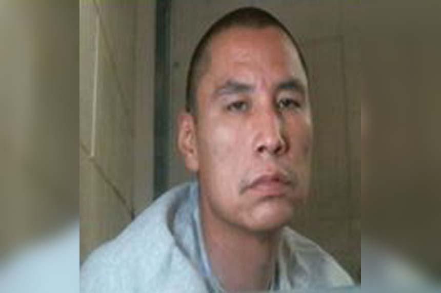 Police seek inmate who allegedly fled work crew