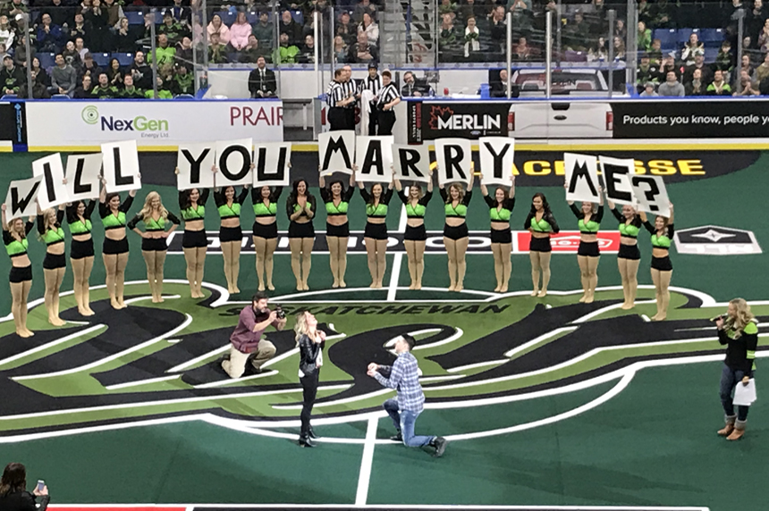 Marriage proposal a 'rush' for NLL fans