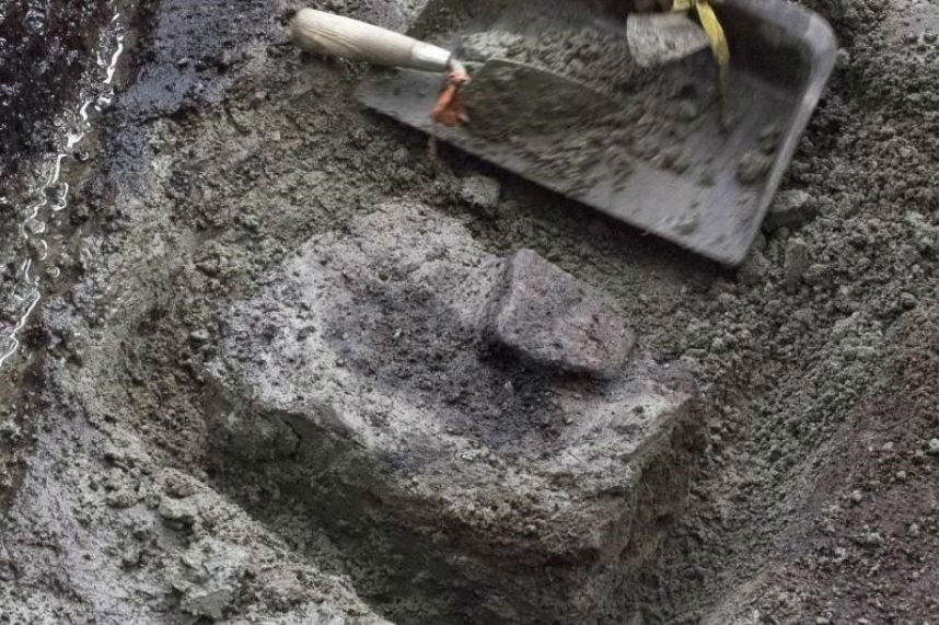 Ancient B.C. footprints confirmed as earliest known in North America