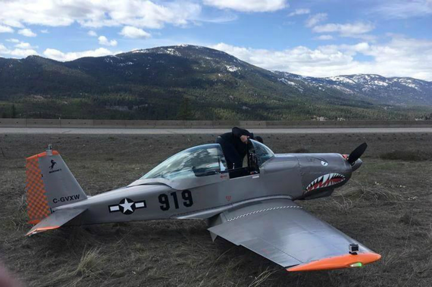 Airplane makes emergency landing on B.C.'s Coquihalla Highway