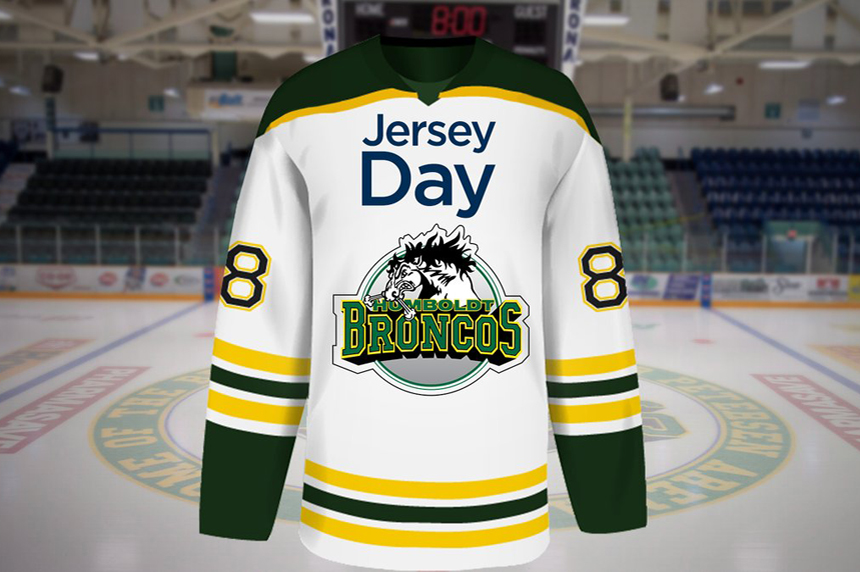 #JerseyDay helps people pay respects to bus crash victims