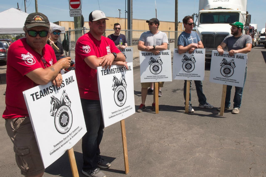 Canadian Pacific Rail reaches agreement with Teamsters to end strike