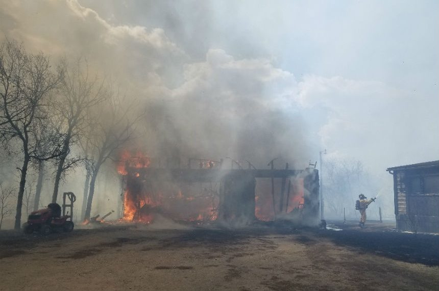Controlled burn sparks large grass fire in Corman Park
