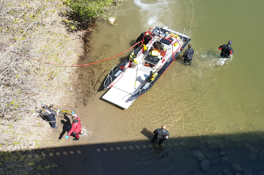 Body found in river near Broadway Bridge