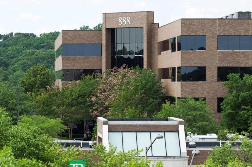 Gunman kills 5 in attack targeting Maryland newspaper