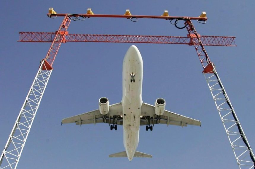 Reduce taxes, fees to help grow Canada's airline industry, lower prices: study