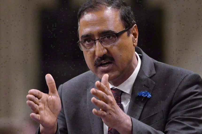 Liberals set hiring, procurement rules for federally-funded projects