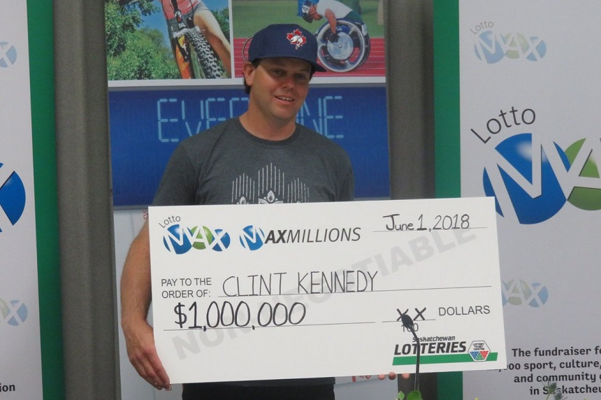 Last minute LottoMax ticket nets Sask. man $1 million