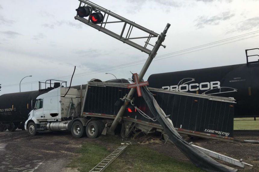 Transport truck and train collide in Yorkton