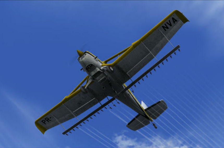 Pilot dead after crop duster crash near Arborfield