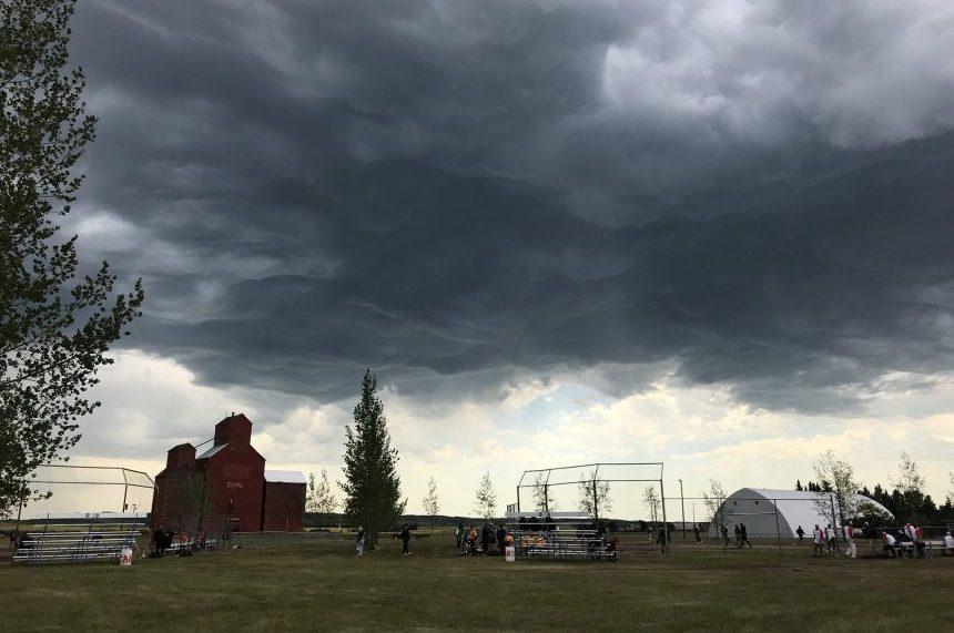 Severe storm system moves through Saskatchewan