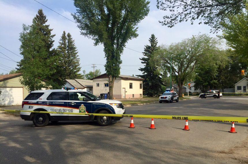 Police arrest 2 men in hammer, knife attack on Ave H