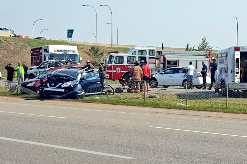 Multi-vehicle collision shuts down northbound Idylwyld Drive