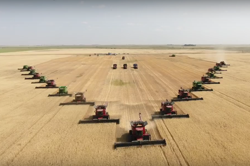 Saskatchewan farmers pull together to help grieving family