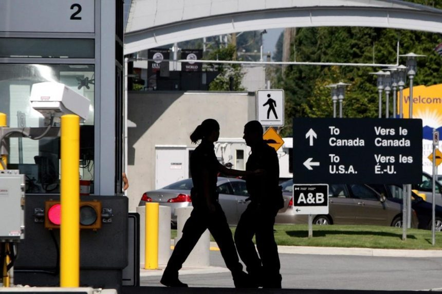 Travellers complain about rude, disrespectful Canadian border officers