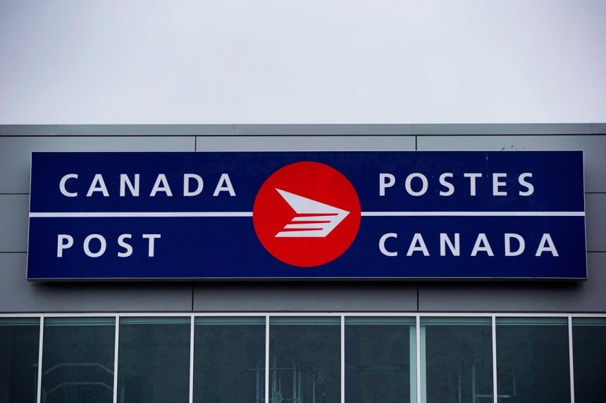 Labour minister calls on post office, union, to keep talking as strike threat looms