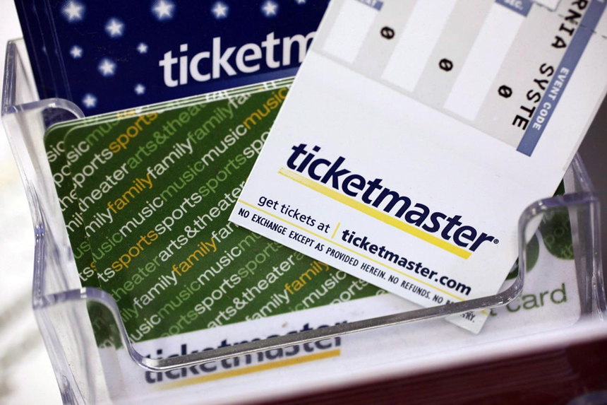 """Toronto firm sues Ticketmaster over alleged """"double-dip commissions"""""""