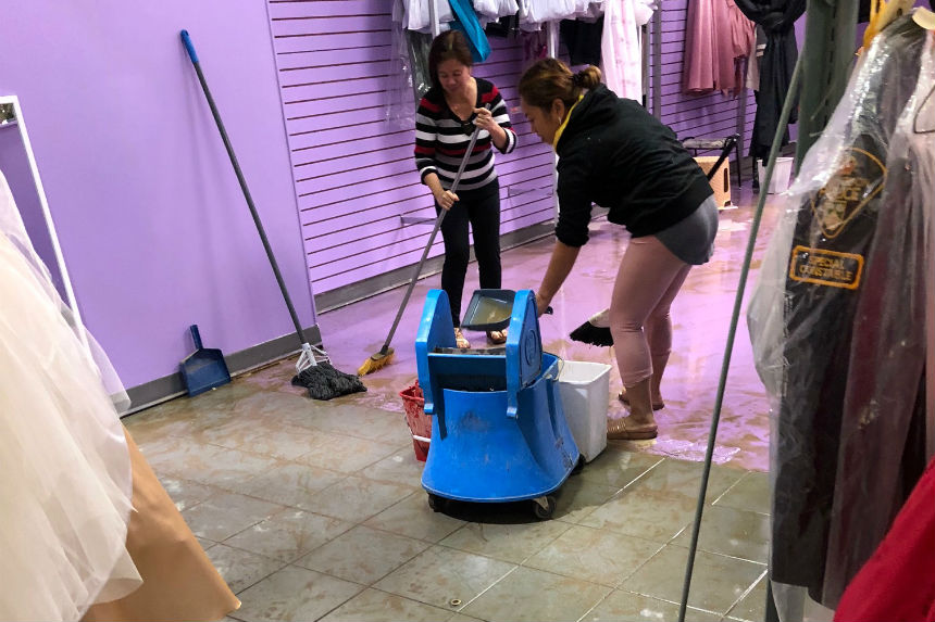 Stores cleanup after water main break at Market Mall