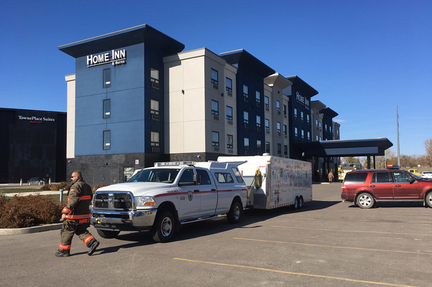 Chlorine gas exposure at hotel sends 5 to hospital