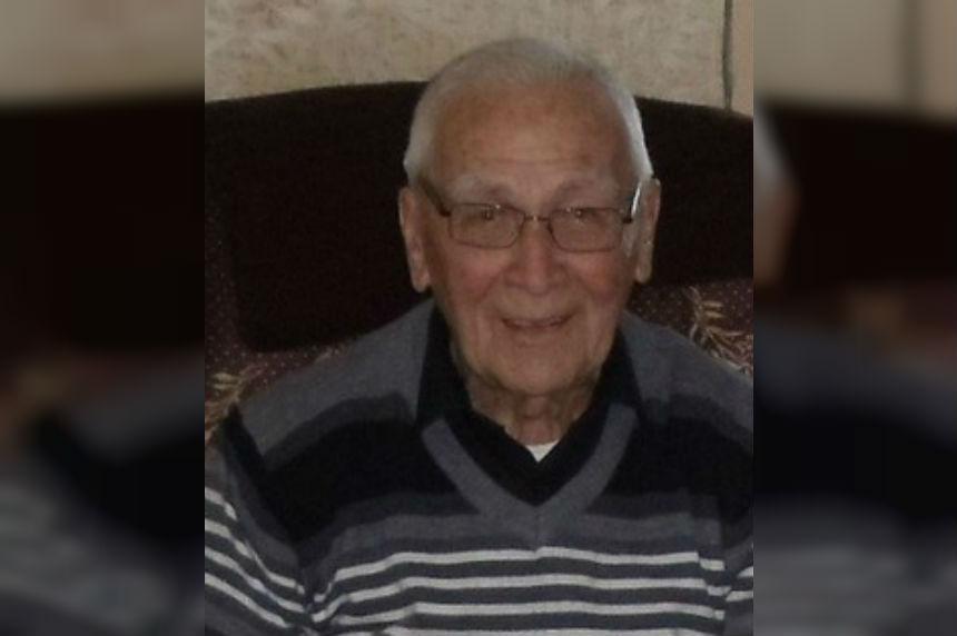 Saskatoon sports builder Bob Van Impe dies at 96