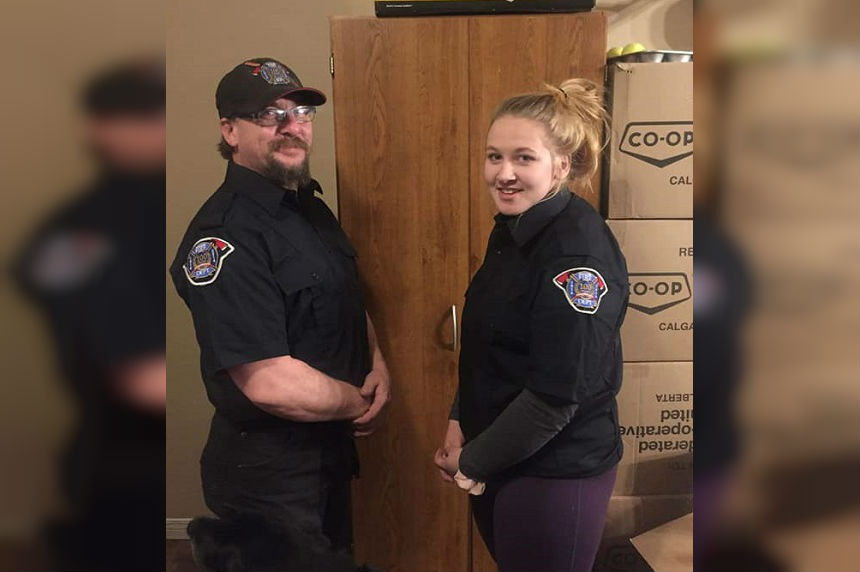 Teen loses 'number one fan' in firefighter dad killed on job