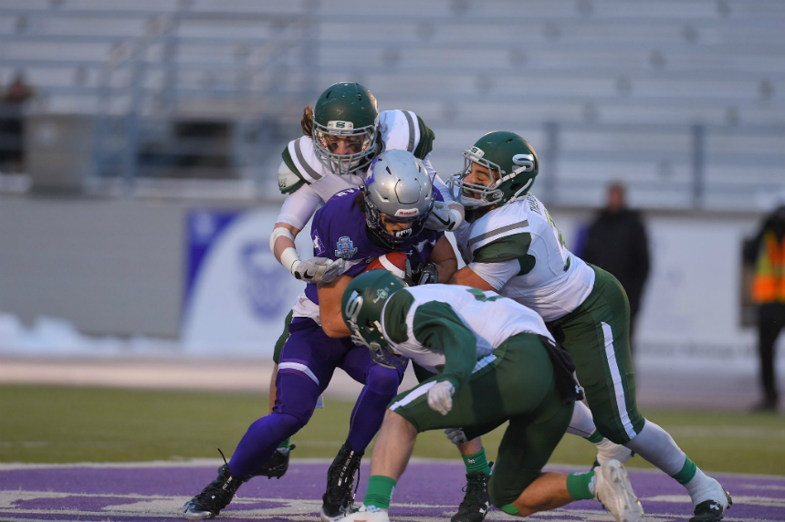 Huskies fall to Western Mustangs in Mitchell Bowl