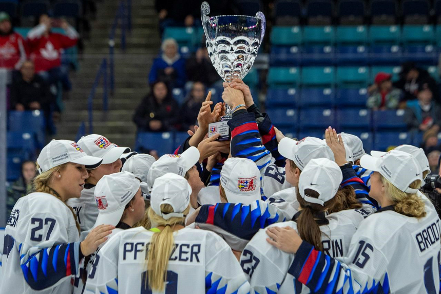 U.S. downs Canada 5-2 to win Four Nations Cup women's hockey tournament