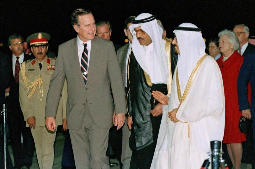George H.W. Bush dies at 94; made greatest mark in Gulf War