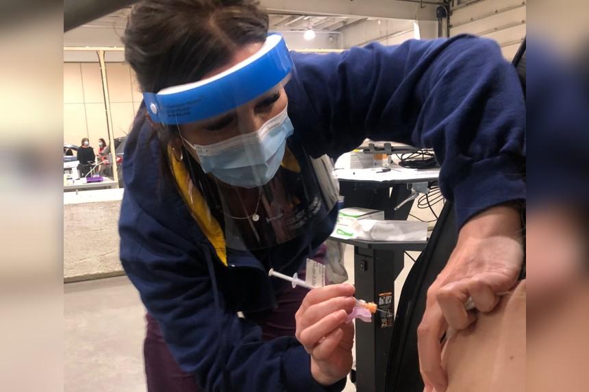 Saskatchewan vaccine rollout 'hitting a wall': Epidemiologist