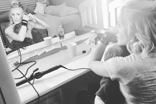 WATCH: Carrie Underwood duet'ing with her son Isaiah