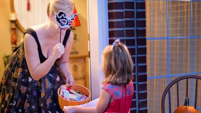 5 tips to keep trick-or-treaters safe this Halloween