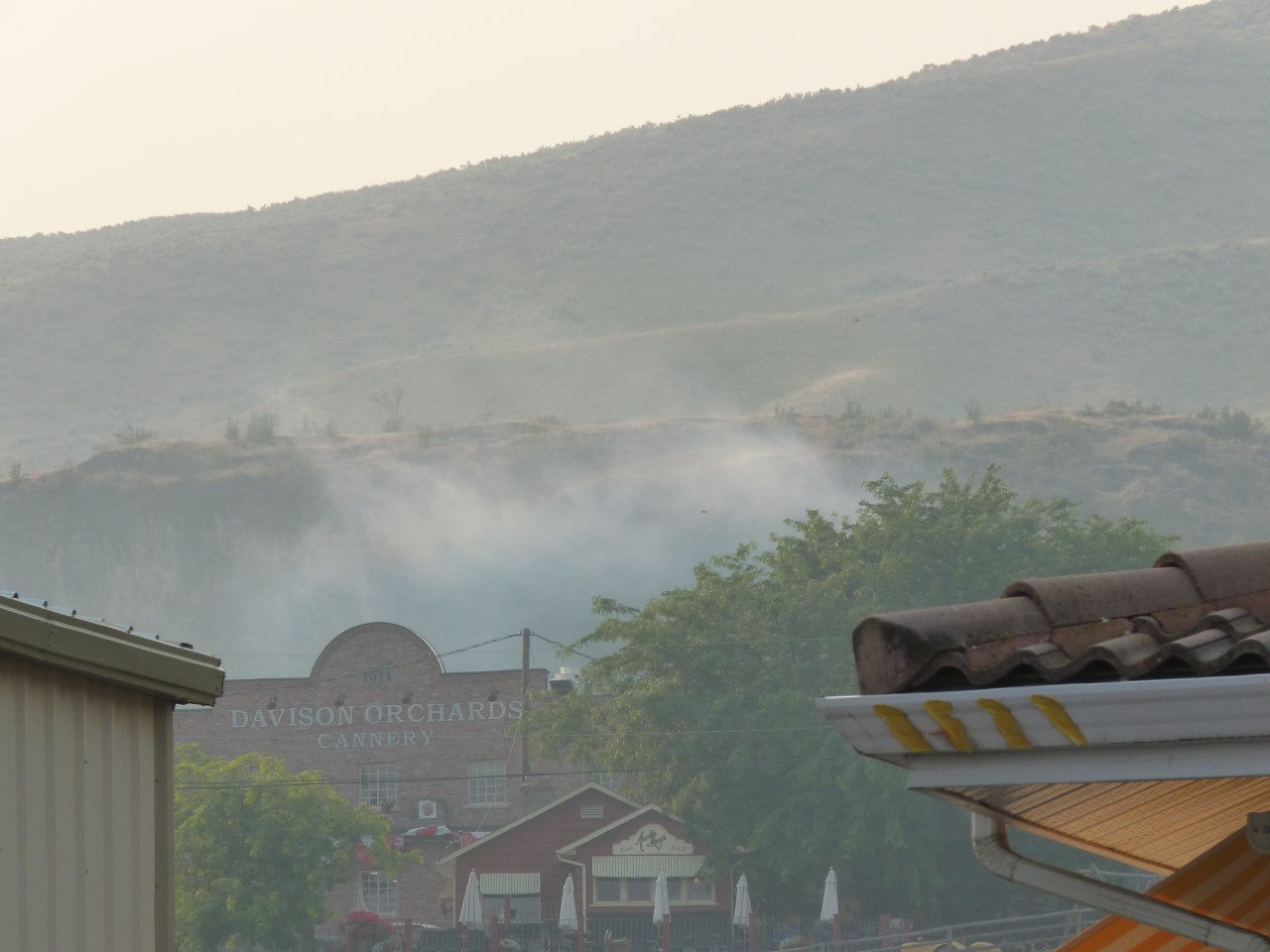 Orchard Fire More Smoke Than Danger