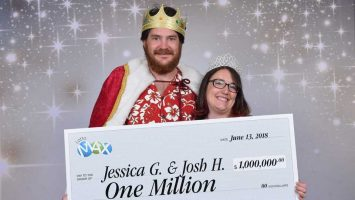 $1Million Lotto Winners 'Can't Believe It'