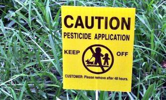 City Reviews Cosmetic Pesticides