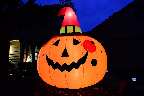 When to Decorate for Halloween?