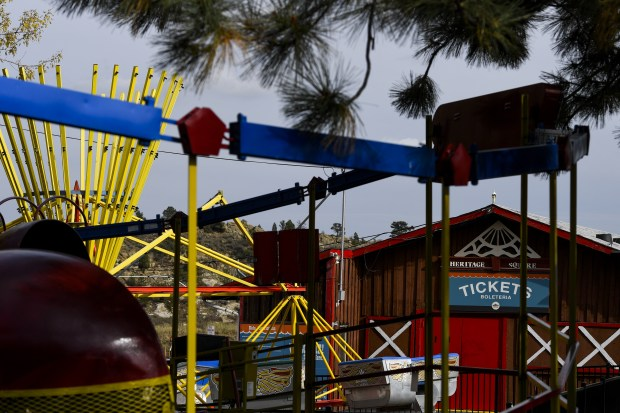 How sad is this?  Amusement Park auctions off........everything.