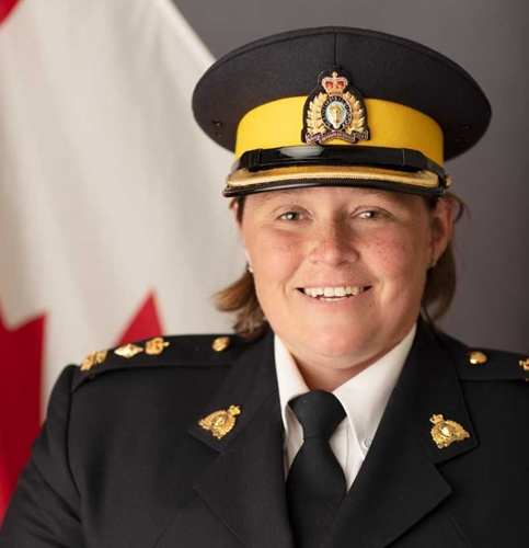 RCMP Commander Backing Pilot Program