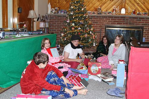 Christmas Present Etiquette