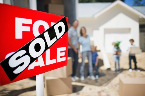 Thieves Pose As Home Buyers