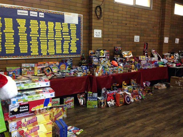 Hampers Help Families In Need