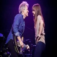 Jon Bon Jovi Dances w His Daughter on Stage