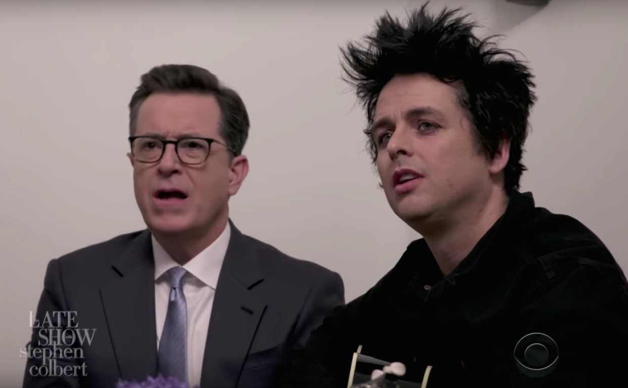 Colbert sings with Green Day